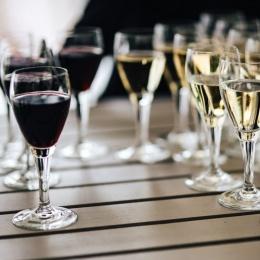 INITIATION PREMIUM à la dégustation ou accords mets et vins pour 1 personne - LYON